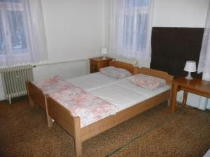 Chata Jitřenka, Hostels  Johannisbad - big - 16