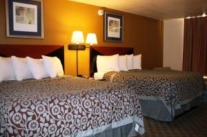 Econo Lodge Inn & Suites Tyler, Отели  Tyler - big - 4