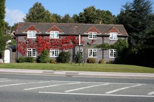 The Chestnuts Guest House