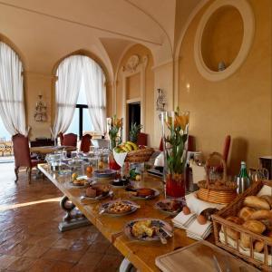 La Posta Vecchia Hotel, Hotely  Ladispoli - big - 41