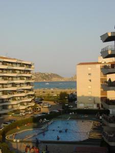Apartamentos en Rocamaura, Appartamenti  L'Estartit - big - 2