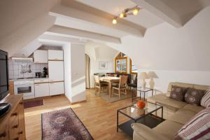 Appartementhaus Erasim, Apartments  Schladming - big - 10