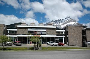Banff Voyager Inn - Accommodation - Banff