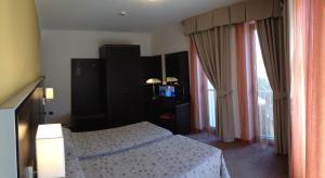 Hotel Villa Rosa, Hotely  Nago-Torbole - big - 29