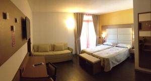 Hotel Villa Rosa, Hotel  Nago-Torbole - big - 19