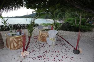 Palm Beach Hotel, Hotely  Grand'Anse Praslin - big - 37