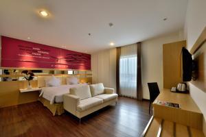 Best Hotel Kedungsari, Hotely  Surabaya - big - 1