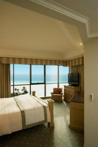 Royal Club Suite with Sea View
