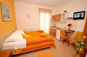 Apartmani Trogir, Апартаменты  Трогир - big - 13