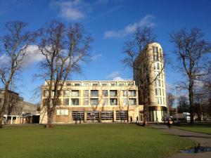 Pinnacle Residences - Central Cambridge, Apartmanok  Cambridge - big - 109