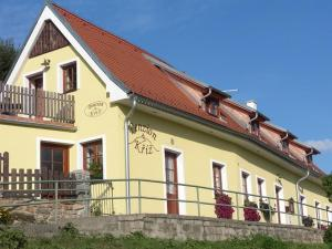Penzion Kříž, Guest houses  Český Krumlov - big - 17