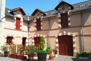 La Villa du Haut Layon, Bed & Breakfasts  Nueil-sur-Layon - big - 7