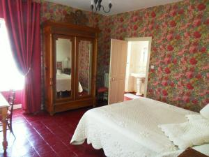La Villa du Haut Layon, Bed & Breakfasts  Nueil-sur-Layon - big - 6