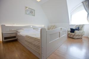 Tornácos Ház - Hegykő, Hotely  Hegykő - big - 8