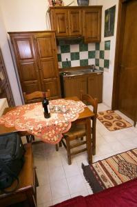 Guesthouse Papachristou, Penzióny  Tsagarada - big - 8