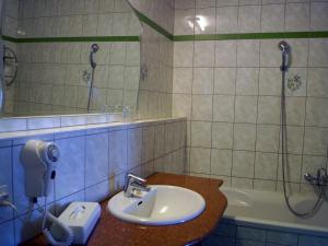 Entrée Hotel Berlin Karlshorst, Szállodák  Berlin - big - 21
