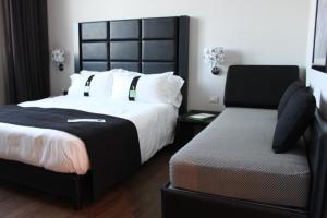 Holiday Inn Genoa City, Szállodák  Genova - big - 6