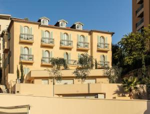 Appartements Villa Les Palmes, Apartmány  Cannes - big - 44