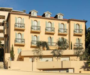 Appartements Villa Les Palmes, Apartmány  Cannes - big - 38