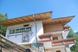 Chalet Ferienhaus Hubertus - Hotel - Schladming