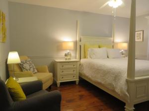 Cape House Bed and Breakfast, Bed and Breakfasts  Niagara on the Lake - big - 8