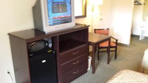 Vista Inn & Suites Tampa, Hotely  Tampa - big - 6