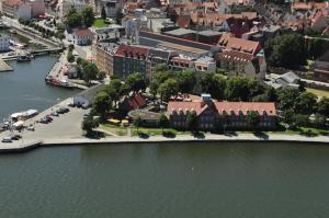 Hotel Hafenresidenz Stralsund, Hotely  Stralsund - big - 1