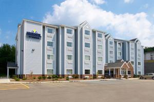 Microtel Inn and Suites by Wyndham Waynesburg