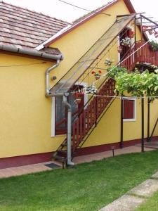 Zách Klára utcai Apartman, Penziony  Visegrád - big - 7