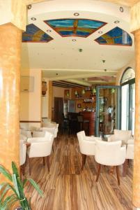 Hotel Regina, Hotels  Bijela - big - 13