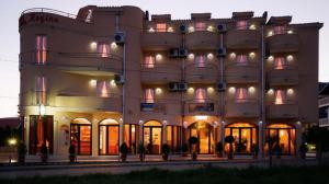 Hotel Regina, Hotels  Bijela - big - 17