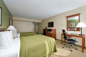 Quality Inn & Suites Near Fairgrounds & Ybor City, Hotels  Tampa - big - 37