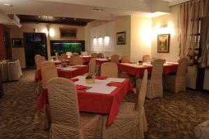 Club Satelit Zlatibor, Bed and Breakfasts  Zlatibor - big - 36