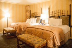 内部客房 - 2张床 - 无窗或无风景
