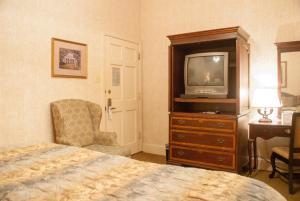 内部客房 - 1张床 - 无窗或无风景