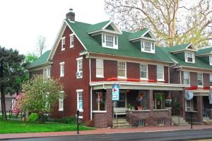 A Sentimental Journey Bed and Breakfast, Bed & Breakfasts  Gettysburg - big - 1