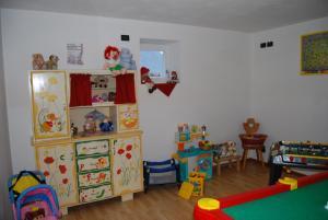 Residence Ciasa Alpe, Apartmanok  Vigo di Fassa - big - 15