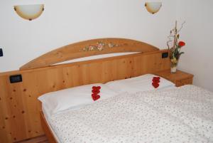 Residence Ciasa Alpe, Apartmanok  Vigo di Fassa - big - 6