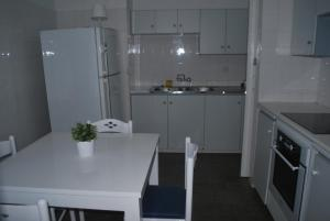 Flisvos Beach Apartments, Apartmány  Protaras - big - 2