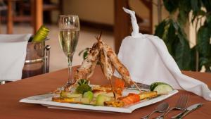 H&B Lodge Restaurant, Лоджи  Tambor - big - 9