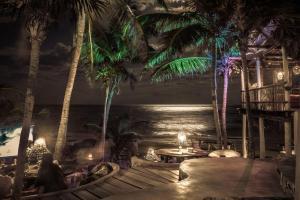Papaya Playa Project (38 of 65)
