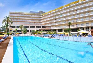 Hotel Oasis Park & Spa