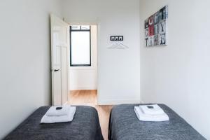 ラージ 2ベッドルーム アパートメント