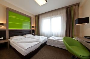 Double Room with Sofa Bed (3 Adults)