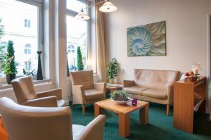 Hotel Lindenhof, Hotely  Lübeck - big - 1