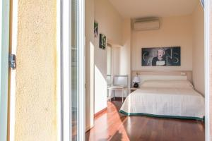 Appartements Villa Les Palmes, Apartmány  Cannes - big - 9