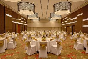 Novotel Pune Nagar Road, Hotels  Pune - big - 42