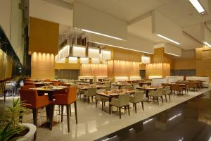 Novotel Pune Nagar Road, Hotels  Pune - big - 49