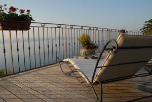 Chambre d'hôtes de charme La Belle Vue, Panziók  Roquebrune-Cap-Martin - big - 27