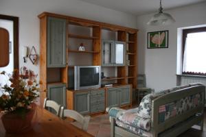 Residence La Bellotta, Apartments  Oleggio - big - 10
